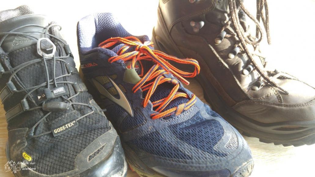 Verschiedene Schuhe gibt es, ob Trailrunningschuh oder Wanderstiefel.
