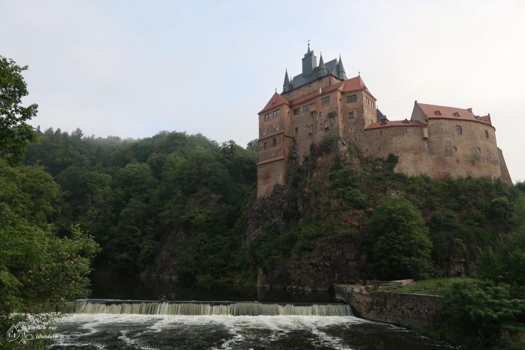 Über der Zwickauer Mulde thront die Burg Kriebstein. Sie woll eine der schönsten Ritterburgen Sachsens sein.