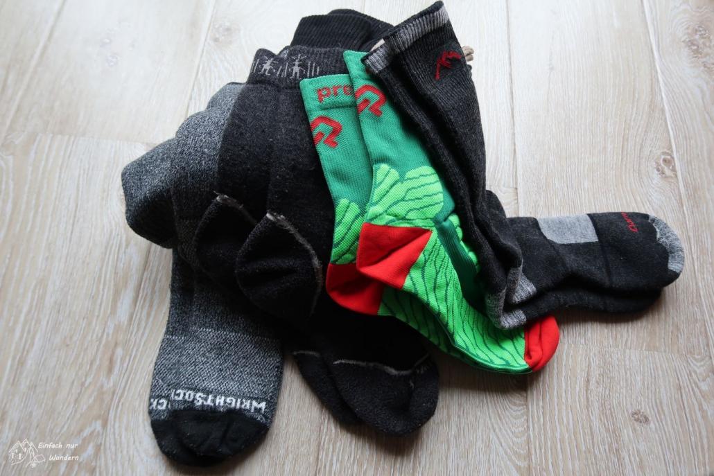 Die richtige Socke gegen Blasen will gefunden sein.