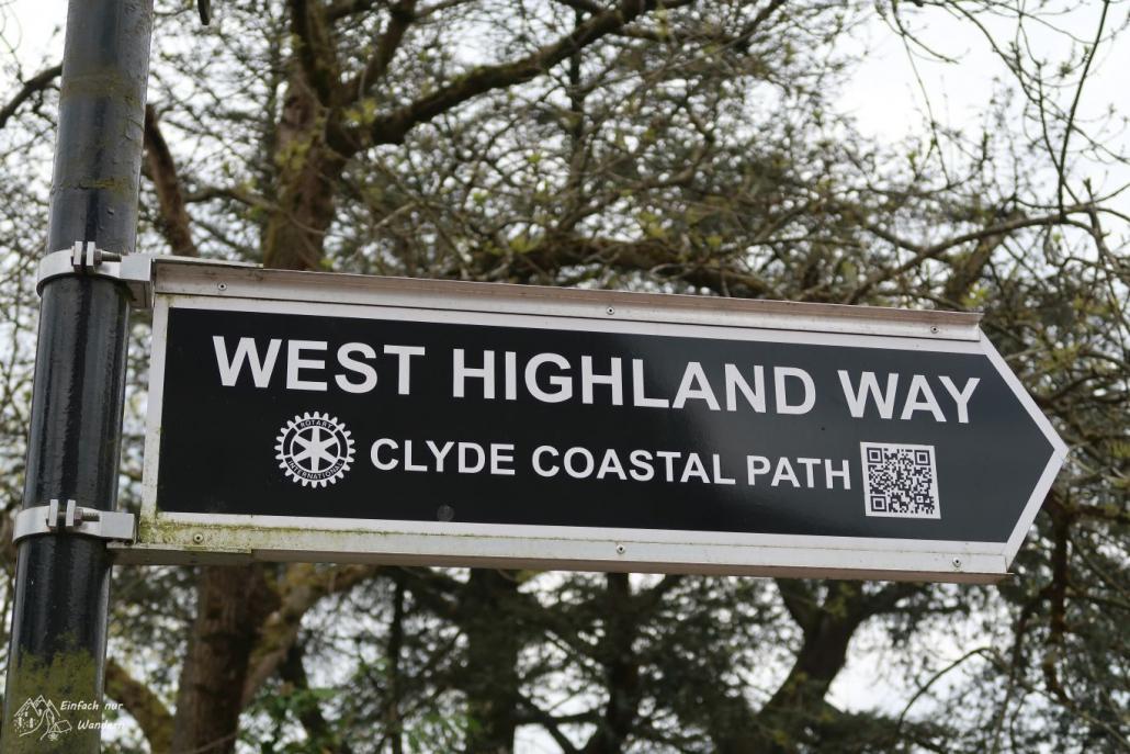 Ein Wegweiser des West Highland Way.