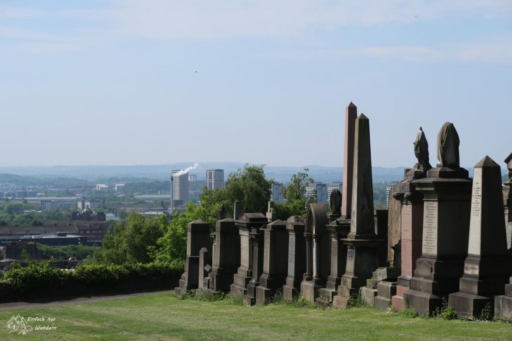 Bei einem Bummel durch Glasgow darf der Besuch der Necropolis nicht fehlen.