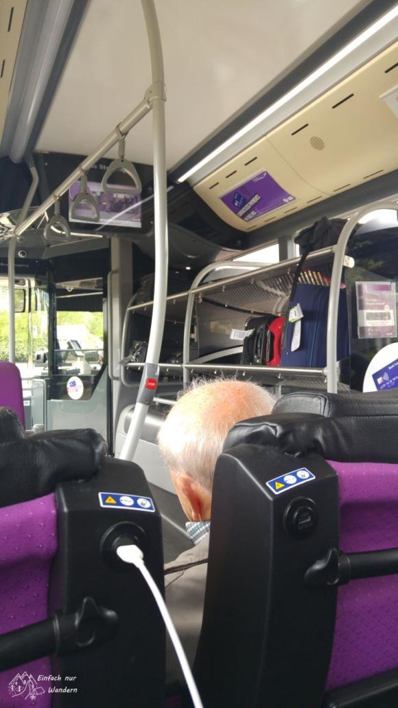 Im Bus der Linie 500 fahre ich ins Zentrum von Glasgow.
