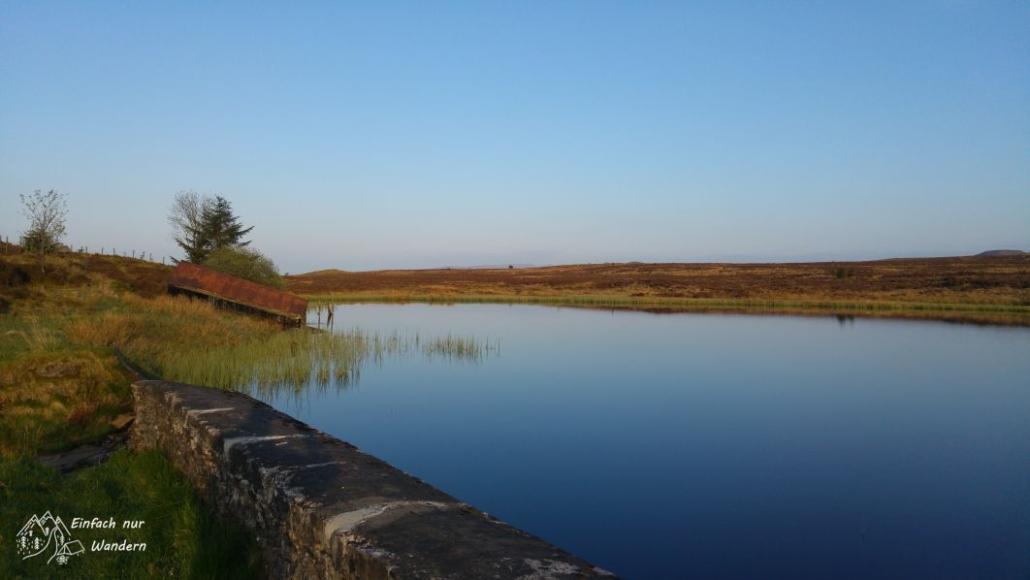 Das Reservoir begrüßt mich am Morgen mit strahlend blauen Himmel