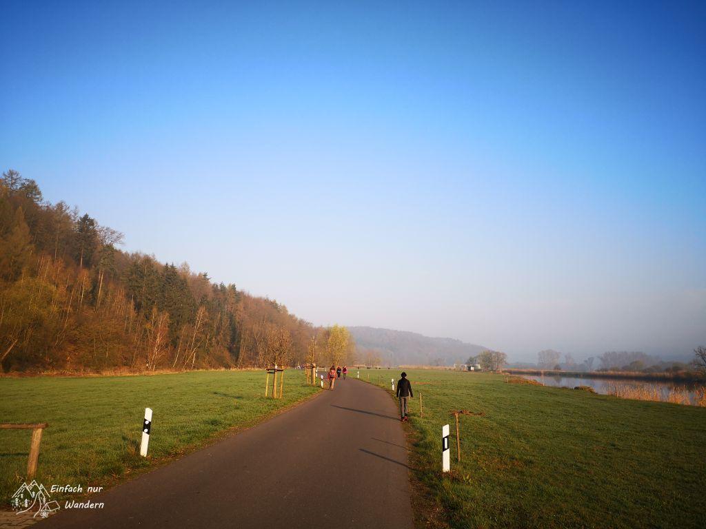 Der Sachsendreier folgt hier einem Radweg neben der Freiberger Mulde.